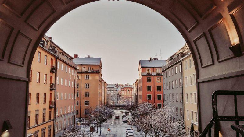 Как переехать в Швецию